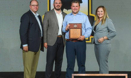 Neesvig's Recognized for Beef Sales